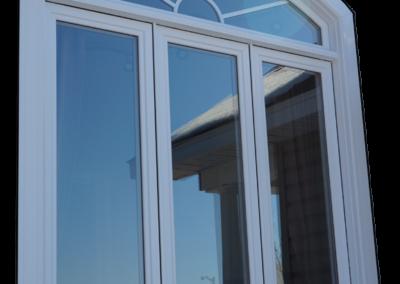 Fenêtre à battant trois lumières en PVC